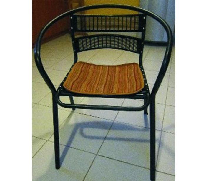Кресло-метал-с-подкладкой